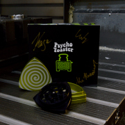 "3-part-Grinder, Limegreen/Black - ""Psycho Toaster"""