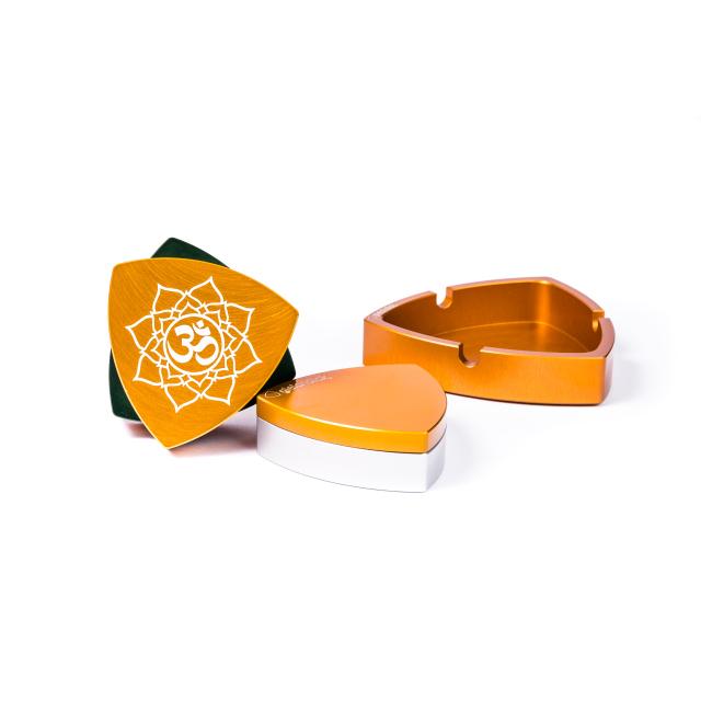 """Connaisseur-Set   4-part   Orange/Green  - """"Om"""""""